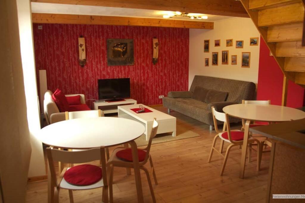 sch nes apartment f r 4 personen wohnungen zur miete in eschweiler nordrhein westfalen. Black Bedroom Furniture Sets. Home Design Ideas
