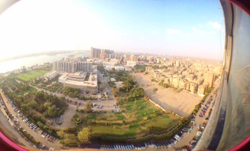 Cozy and at the 27th floor at the middle of cairo