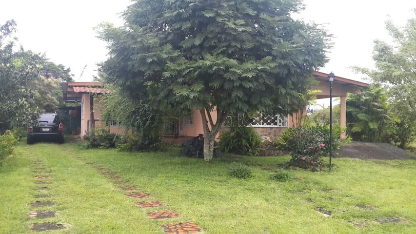 Cozy & Spacious House, Volcán - HighLands - Chiriqui