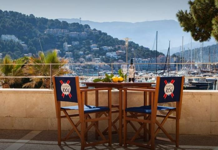 Cas Marine, beautiful renovated house fir 4 persons on the seafront in the Puerto de Soller