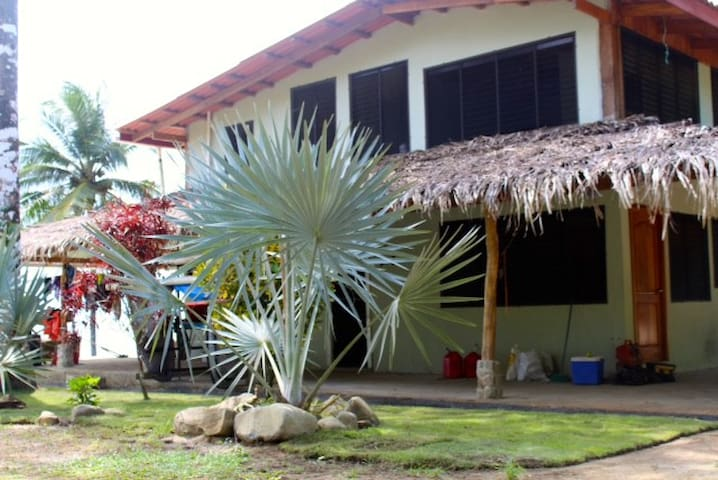 Burica Surf House