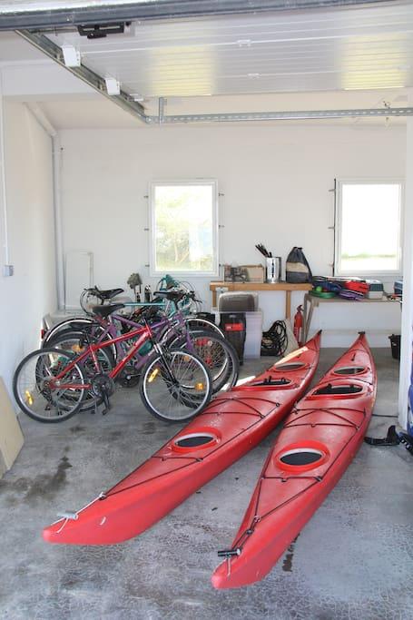 4 vélos, 2 kayaks, BBQ, ping-pong etc.