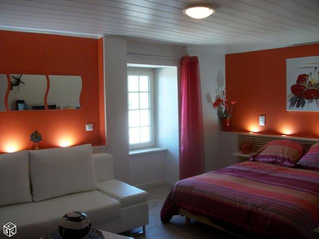 Maison de vacances en pleine nature - Laval-Roquecezière - Ház