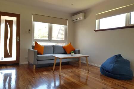 Sunny cosy 2 bedrooms villa in Como