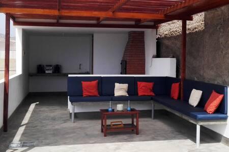 Casa con Piscina /Beach house + Pool, Punta Negra