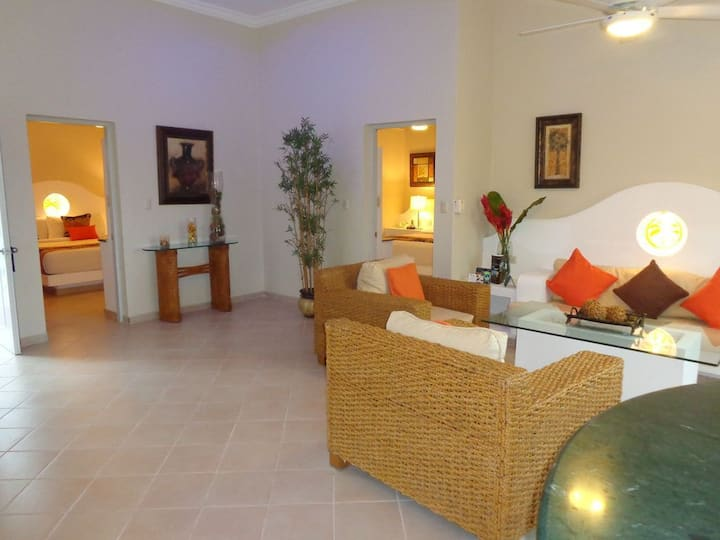 2 Bedroom Penthouses at 5* All-Incl. VIP Resort.