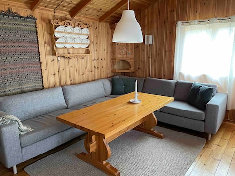 Charming Mountain Cabin