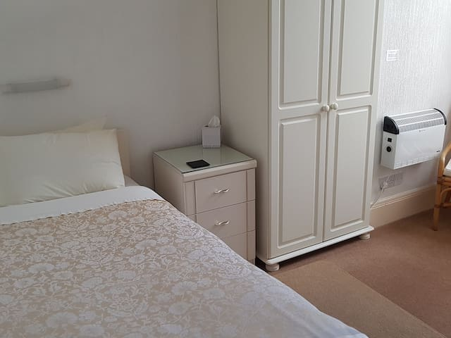 Single Room at The Wycliffe Guest House