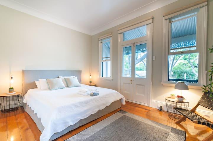 Large 4 bedroom Woollahra terrace