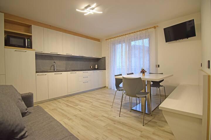 AppartamentoARANCIONE Nuova casavacanze ARCOBALENO