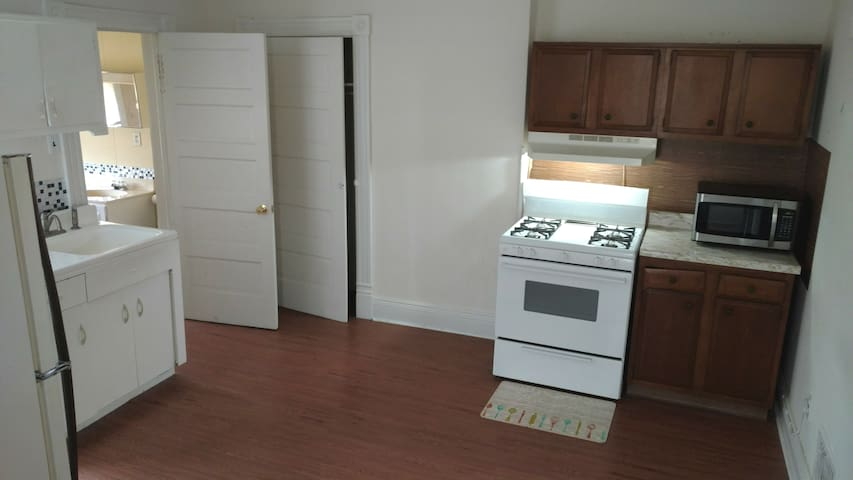 1 Bdr private Apartment in Bridgeport