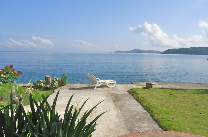 Blissful Caribbean Beachfront Villa