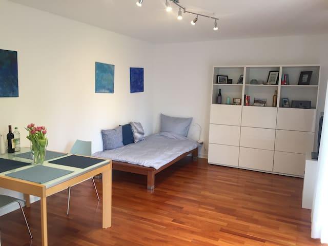 Helles, modernes Apartment (33 qm)
