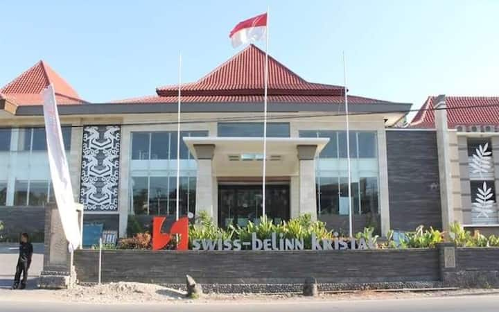 Room with Breakfast in Kupang by Swiss-Belinn