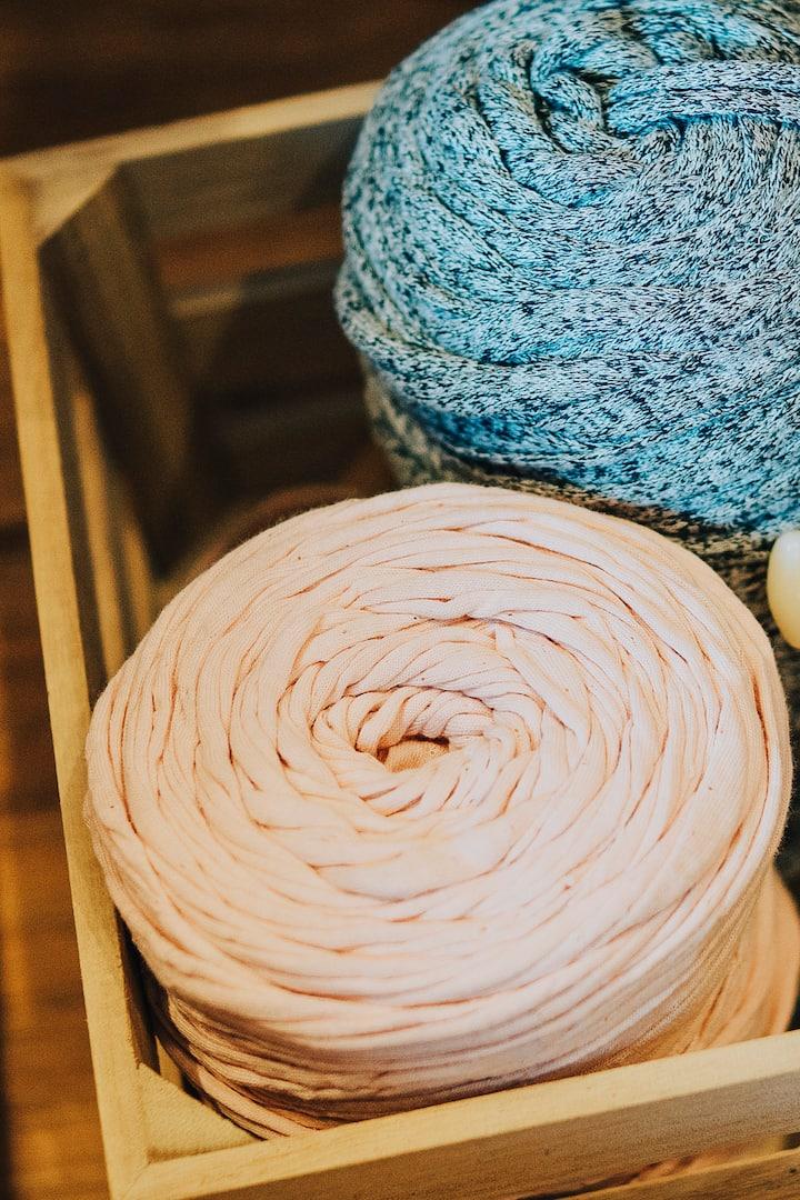 use upcycled t-shirt yarn to crochet