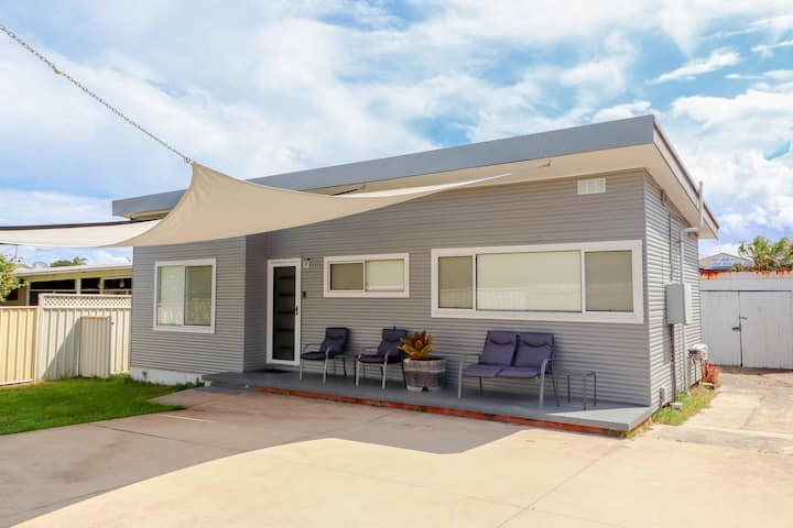 The Beach Shack - Family and Pet Friendly!