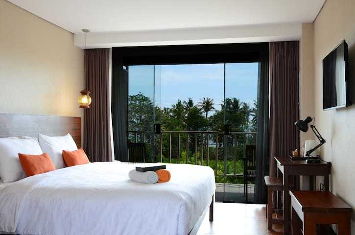 ULTIMO Suite Pool View - Mengwi - Bed & Breakfast