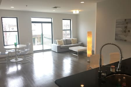 Hoboken Luxury- Easy Access to NYC- Times Square - 霍博肯 - 公寓