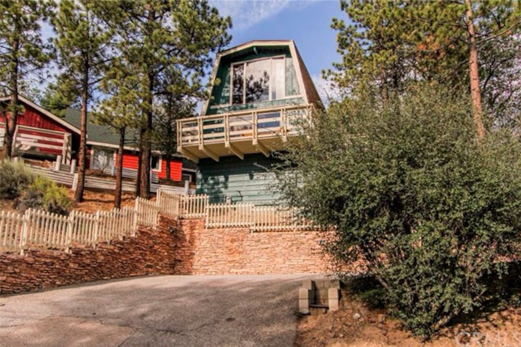 Private Treetop Escape Spa View Cabins For Rent In Big