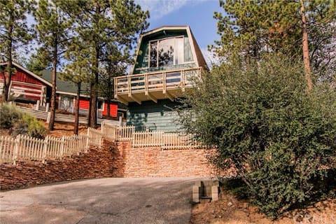 Private treetop escape spa view