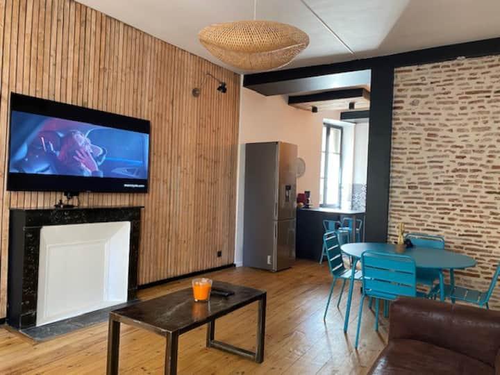 Appartement atypique T3 entièrement rénové