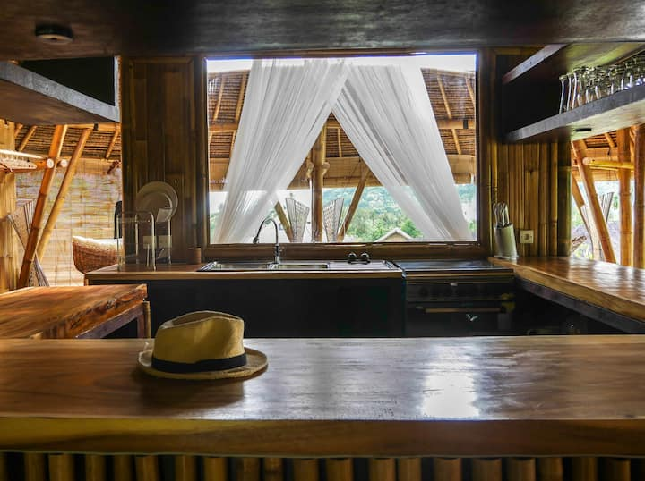 Experience our bamboo villa with an ocean view