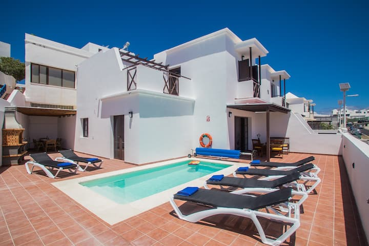 Villa Rincon, 3 bedrooms and heated pool