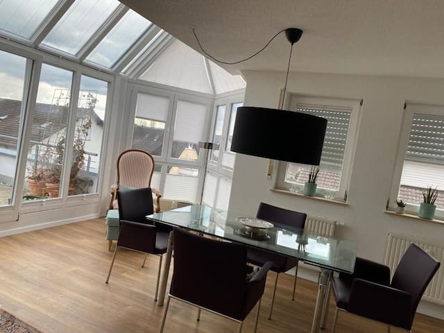 Beautiful Maisonette Apartment with Wi-Fi and Balcony; Parking Available