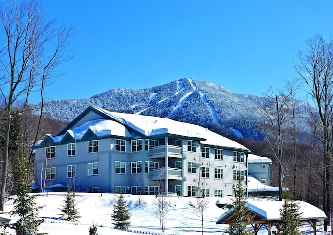 Three Bedroom Deluxe in Vermont, Smugglers Notch (A508)