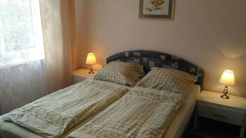 Отдельная комната недалеко от центра Карловых Вар