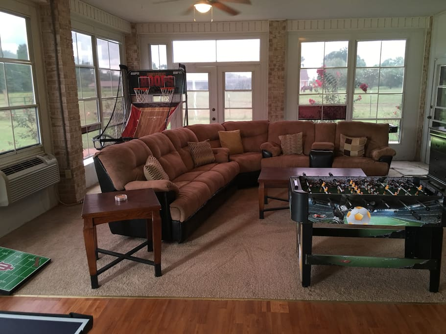 Entertainment Room/Game Room