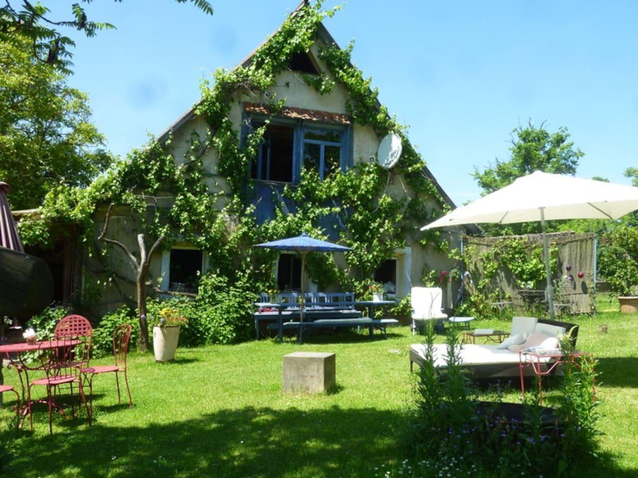 altes Säferhaus - Gartenseite