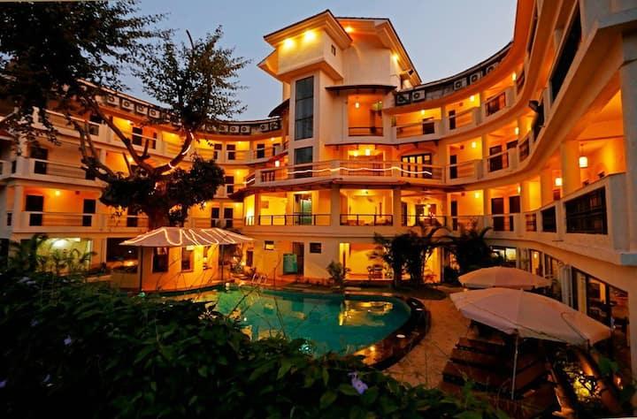 Sea Horizon Rooms-Pool 3min Ride- Baga Beach SHR