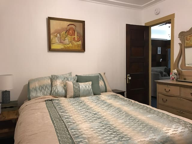 Third Queen Bedroom