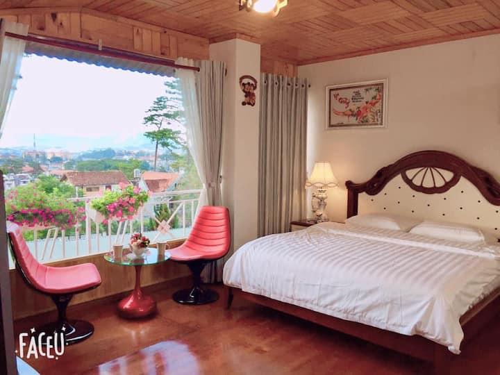 Villa 16 Nguyen Viet Xuan- mountain, garden views