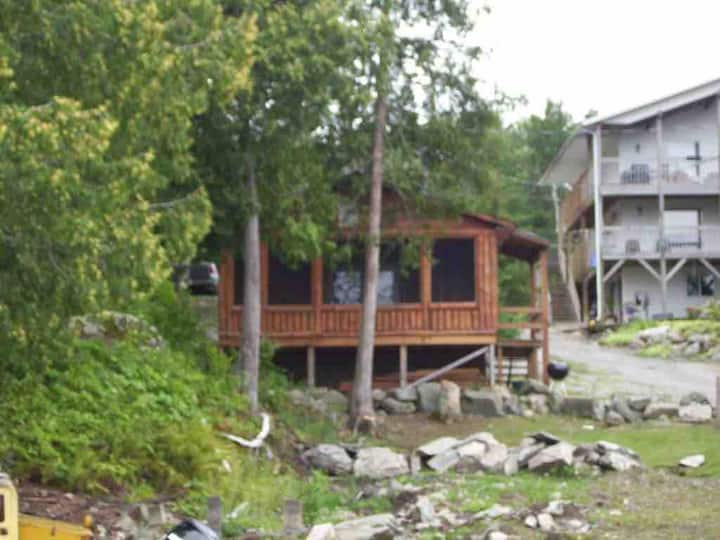 Crow Lake Cabin 6 Open Yearly include launch LOTW