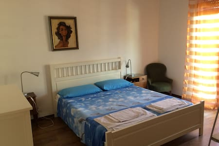 Appartement on the top floor - Rapallo - Apartemen