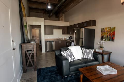 Luxury Loft apartment, in a Historical building!