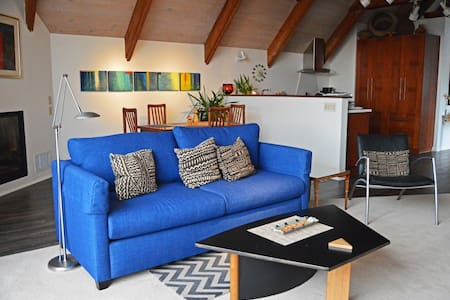 The Penthouse - Mendocino - Loft