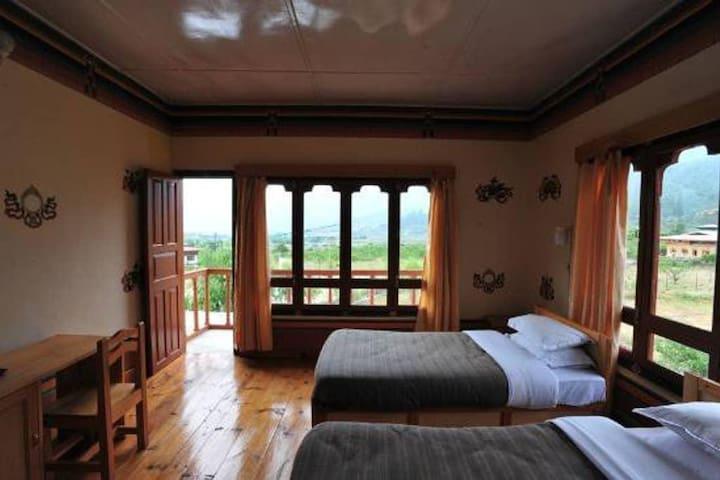 Nirvana Lodge & Homestay (Deluxe room)