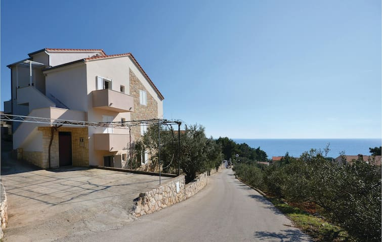 Holiday apartment with 1 bedroom on 30m² in Ivan Dolac