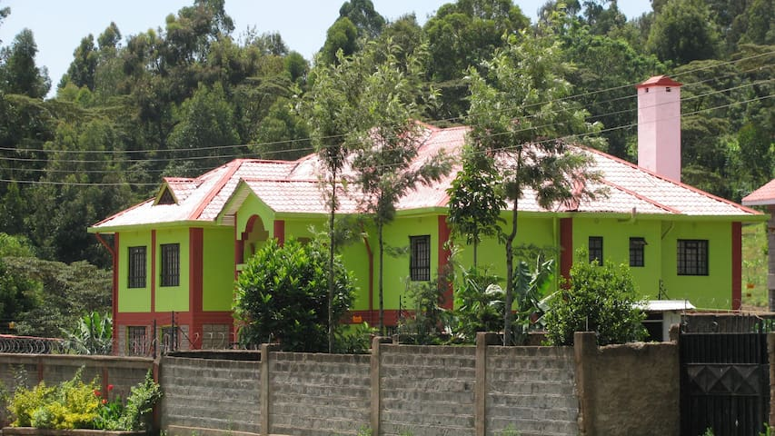 Guest House at Green house