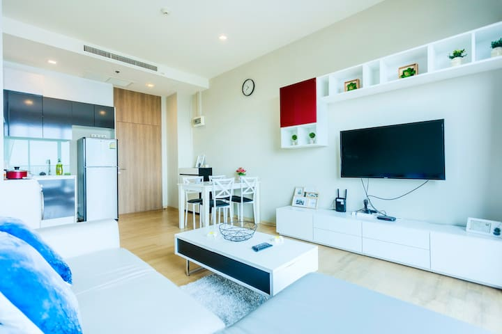 Luxury1BR @ Ekkamai/Thonglor, 200m to BTS/Mall中文服务