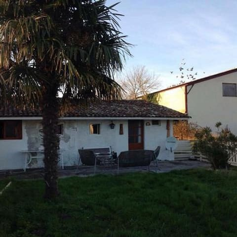 Charmante maison située au Déhes