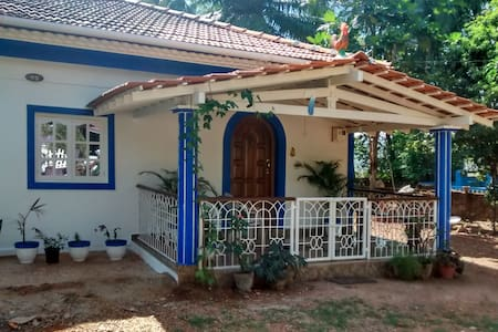 2BHK Villa in Bambolim with swimming pool !!