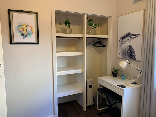 Twin room has plenty of storage and hanging space. A desk for laptop or for kids to create their masterpiece, paper and coloring pencils in the draw. Heater available for the  coll nights but please turn OFF when not in room.