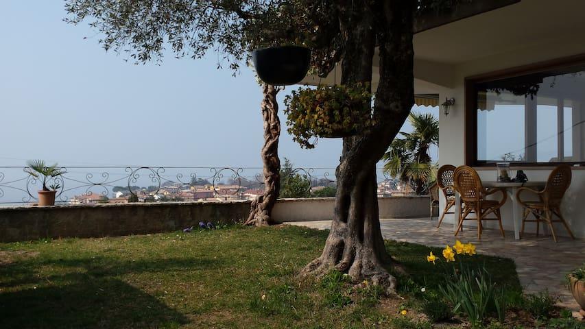 Relax con vista strepitosa - Bardolino - Apartament