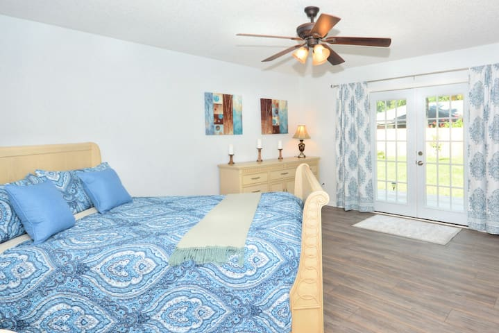 Large Master Bedroom in Upscale Home
