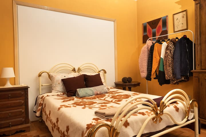 Friends in Braga - Excellent Room with balcony