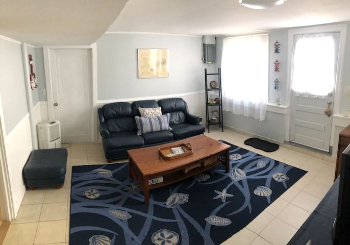 Private Apartment with Parking Spot & Beach!